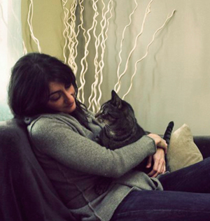 tamar arslanian with her cat kip