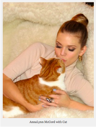 AnnaLynne McCord and cat Buni