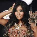 Snooki with kittens