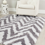 shag rugs are great for homes with cats